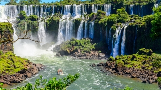 Natural Argentina: City, Country, Glaciers & Falls