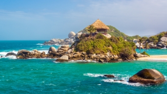 Colombia's Colonial Towns & Beautiful Coast