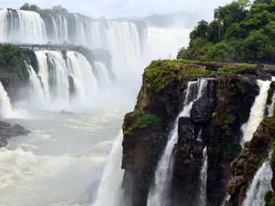 El Calafate - Iguazu Falls