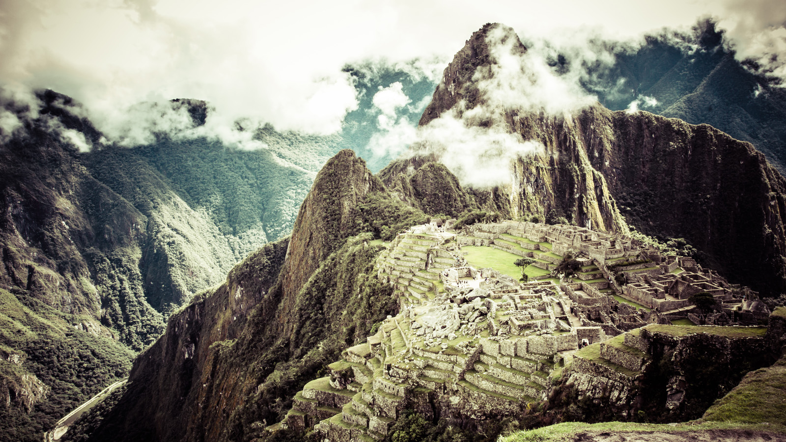 Luxury Travel In Peru: The Inca Trail & The Amazon