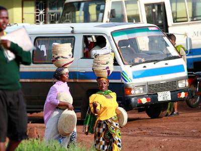 Bwindi - Entebbe - Kilimanjaro - Arusha